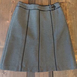 Ann Taylor black white skirt size 6